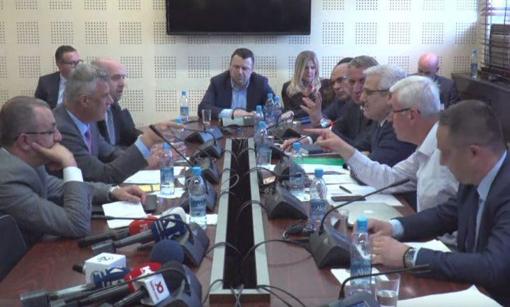 Thaçi-Kurteshit: Ti je kanë anëtar i SHIK-ut, kam refuzu me të marrë në parti