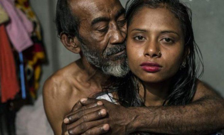 Foto shokuese brenda shtëpisë publike ku vajzat 12 vjeçare bëjnë seks me pleq