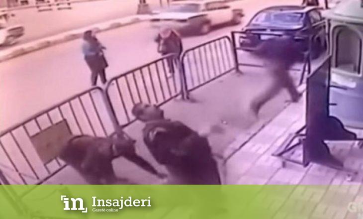 Fëmija 2 vjeç rrëzohet nga kati i dytë i banesës