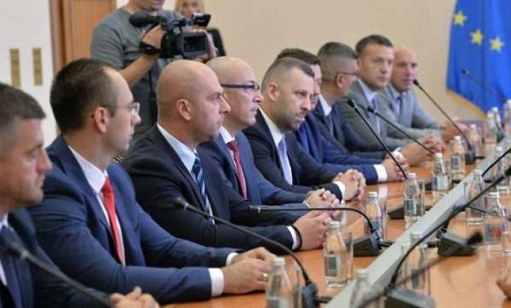 Serbët tregojnë se si i shtynte Lista Srpska nën kërcënime të dalin e ta votojnë