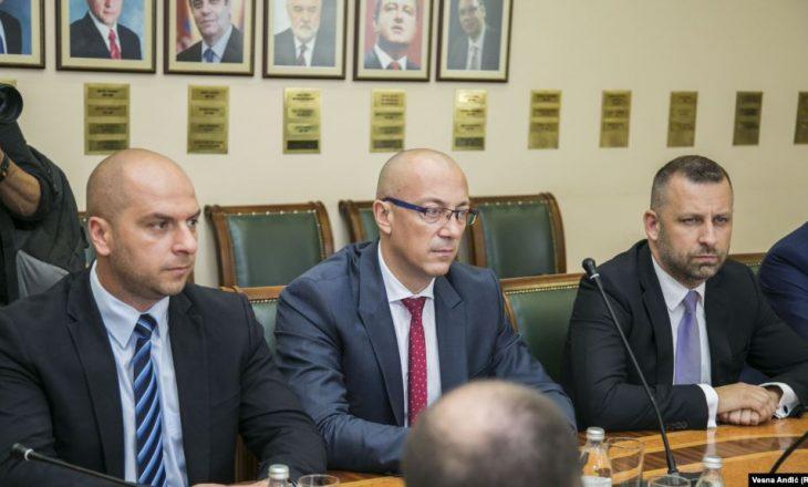Sapo fituan në katër komunat në veri, serbët paralajmërojnë sërish dorëheqje