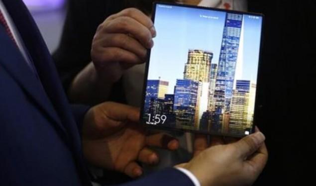 Vodafone largon telefonin 5G të Huaweit nga para shitja