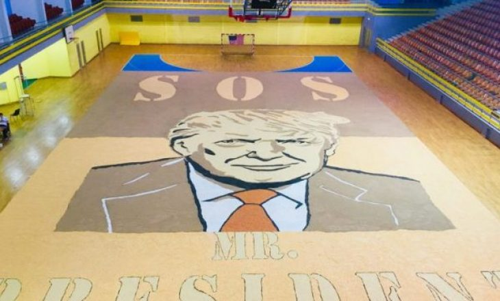 The Guardian shkruan për artistin kosovar që krijoi portretin e Donald Trump me fara