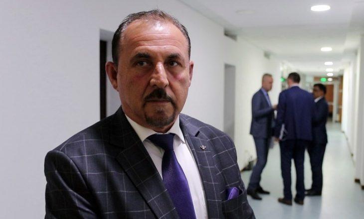Ministri i Brendshëm e shkreton me gjuhën shqipe