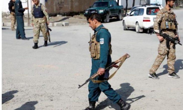 Sulm me bombë në një xhami në Afganistan – tre të vdekur e 20 të lënduar