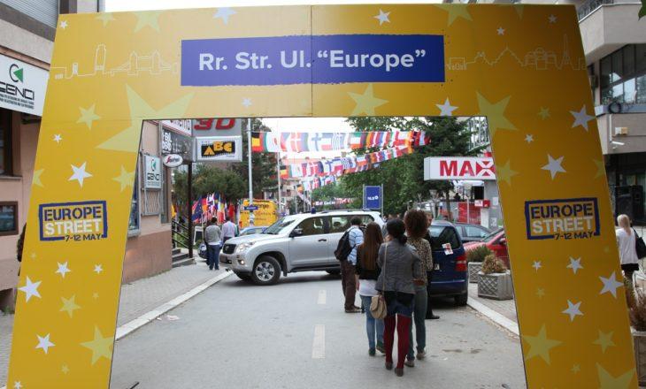Gëzuar festa më idiote për kosovarët – Dita e Evropës!