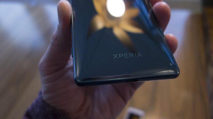 Sony e sheh biznesin e smartfonëve të pandashëm nga kompania