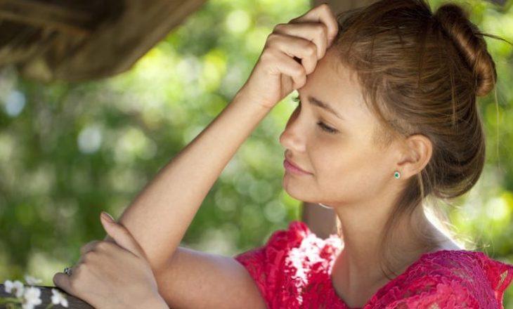 Kur bashkëshorti juaj dashurohet me femër tjetër: Psikologët thonë që keni vetëm një zgjidhje