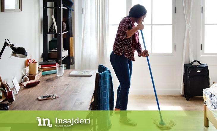 Bashkëshorti i pagun dëmshpërblim gruas për punët e shtëpisë