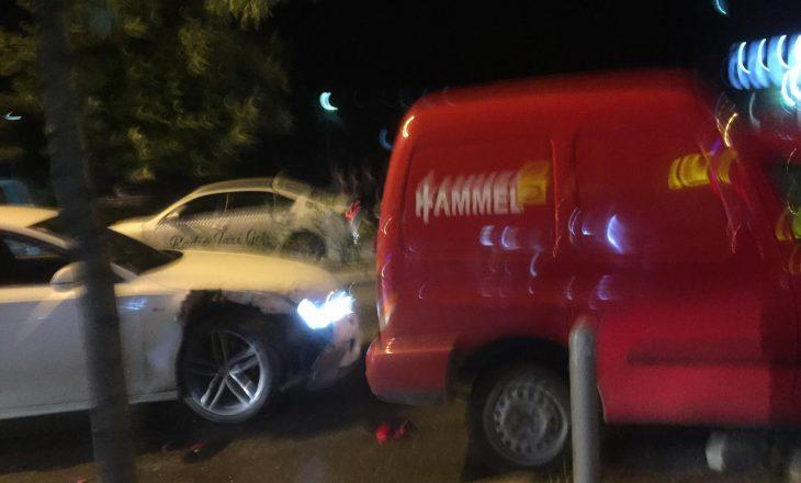 Aksident në qendër të Prishtinës – përfshihen dy vetura [FOTO]