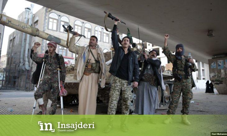 Rebelët Huthi sulmojnë një aeroport saudit