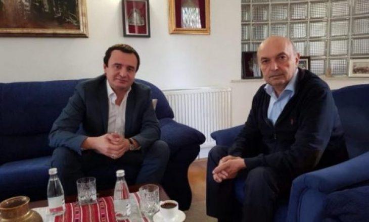 Thaçi nuk i ftoi Isa Mustafën dhe Albin Kurtin në ceremoninë e Çlirimit