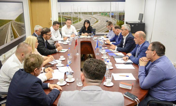 Takohen komisionet teknike për transport tokësor Kosovë – Shqipëri: Masa rigoroze për shkelësit e marrëveshjeve