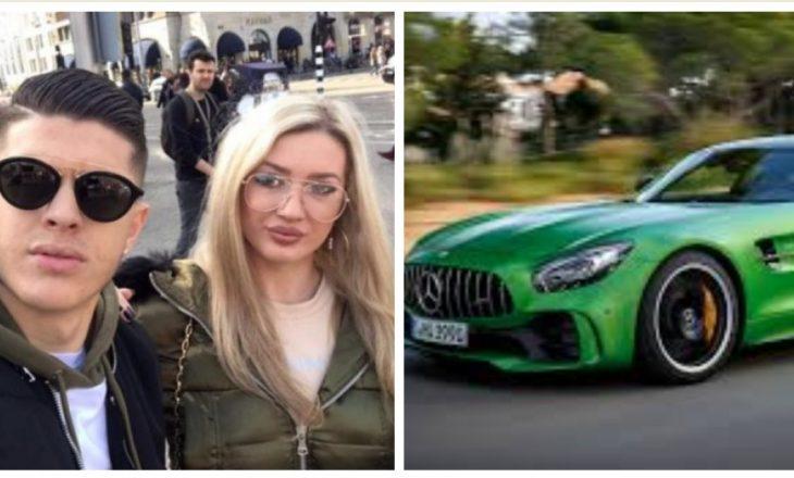 Rashica me bashkëshorten e tij shëtisin rrugëve të Kosovës me super veturën luksoze