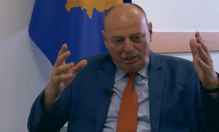 Agim Çeku shkarkohet nga Kadri Veseli – mbetet pa asnjë pozitë në qeveri