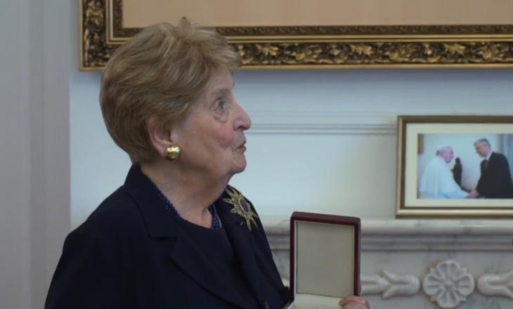 Albright dekorohet me Urdhrin e Lirisë