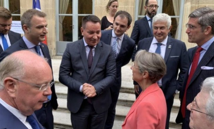 Ministri Lekaj kërkon përkrahje për Kosovën nga homolgu i tij francez