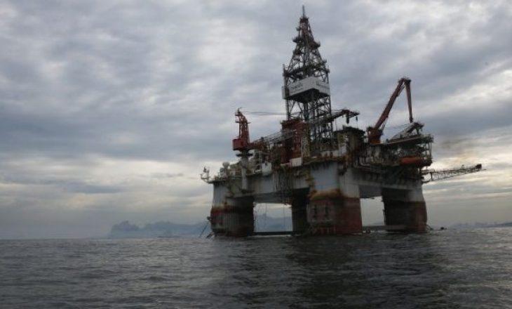 Çmimi i naftës ndryshon sërish
