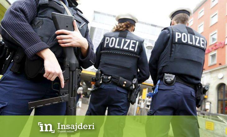 Aksioni policor Gjermani-Kosovë: Sekuestrohen Porsche, shtëpi luksoze, orë Rolex e Armani