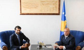Labi ia çon fermerët e Ferizajt në zyrë kryeministrit Haradinaj
