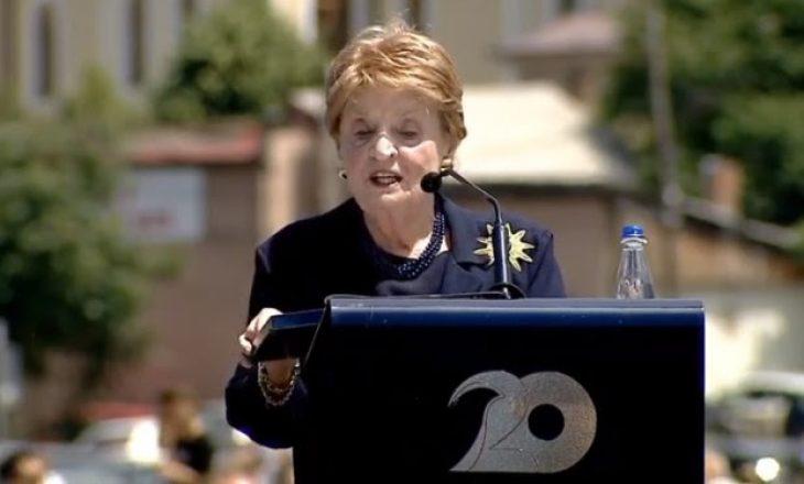 Albright kujton takimin me një nënë kosovare të cilës i kishte vdekur djali duke ikur nga lufta