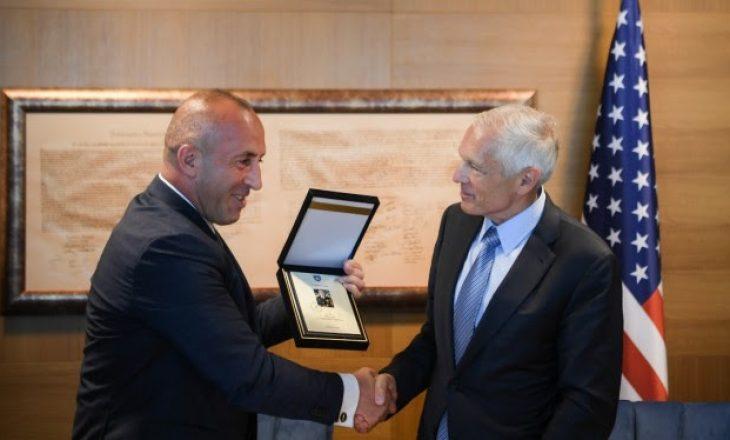 Haradinaj: Gjenerali Clark ishte shpresë dhe shpëtim për popullin tonë