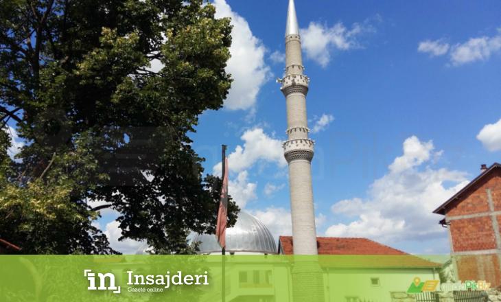 Vidhet një xhami në Pejë