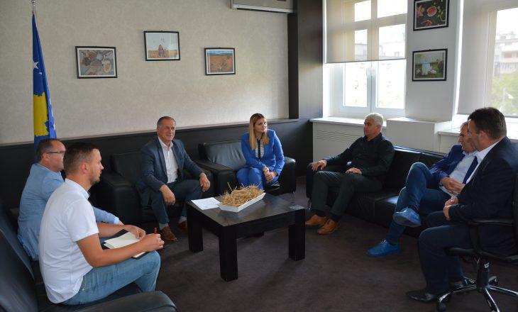 Ministria e Bujqësisë investon në sistemin e ujitjes në Malishevë