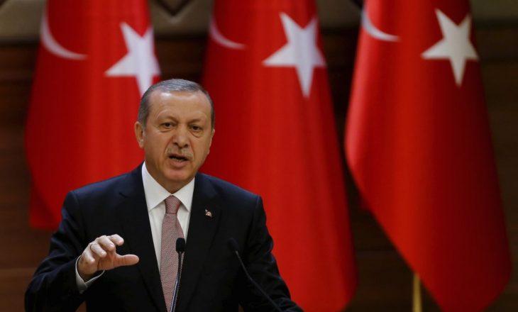 Lira turke bie pasi Erdogan largon kreun e Bankës Qendrore