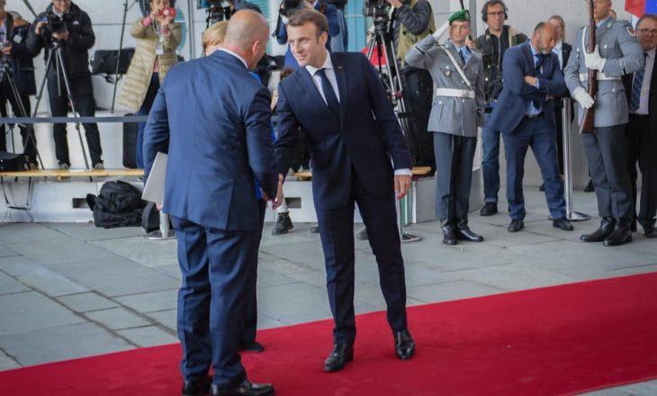 Plani i Macronit për Kosovën dhe Serbinë, sipas gazetarit të njohur francez