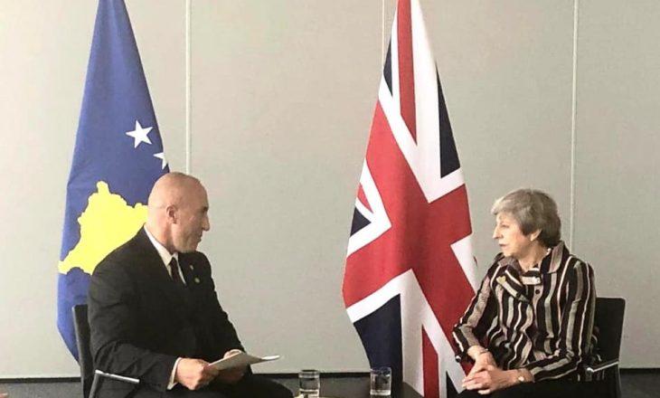 Haradinaj takohet me Theresa May