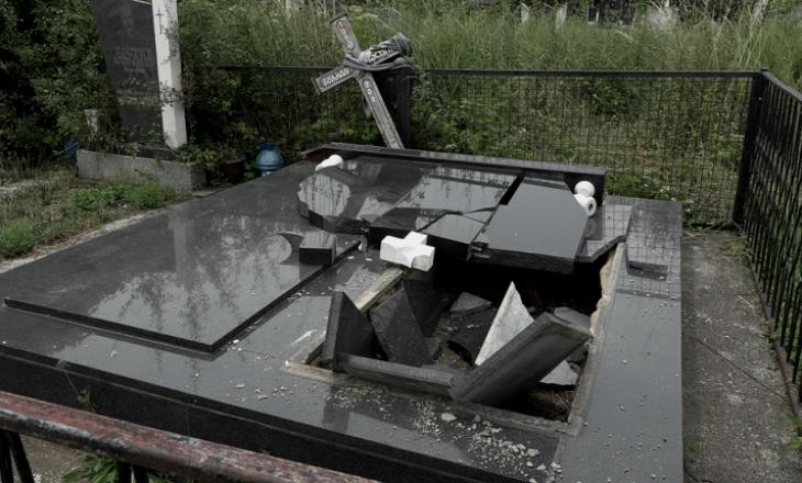 MPJ reagon pas shkatërrimit të gurëve të varrezave ortodokse serbe në Lipjan