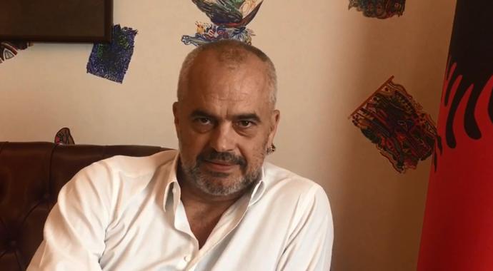 Shqiptari  përshëndet  Ramën nga Gjermania   çmimi i naftës  30  më i lirë se në Shqipëri