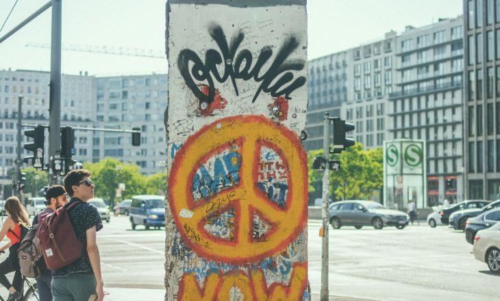Demokracia në Evropë, tridhjetë vjet pas rënies së Murit të Berlinit