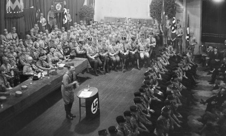 Karizma e errët e Adolf Hitlerit