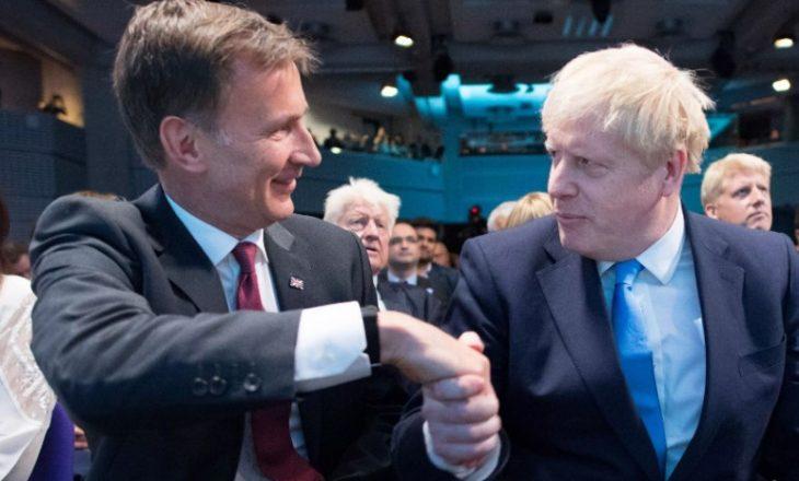 Pas zgjedhjes së Johnson kryeministër, jep dorëheqje ministri i jashtëm i Britanisë