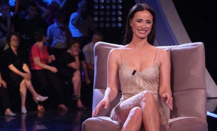 Albana Osmani e nxehtë, pozon me bikini në 39 vjetorin e lindjes