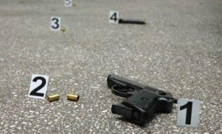 30 vjeçari qëllohet me plumb në kokë, vdes në spital
