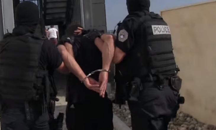 Arrestohen katër persona në Pejë, të cilët ishin në kërkim