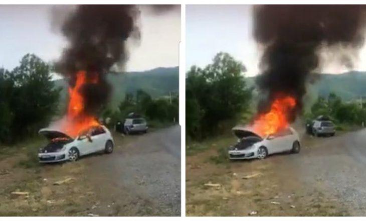 Trajneri kosovar e incizon një veturë duke u djegur, kërkon ndihmë