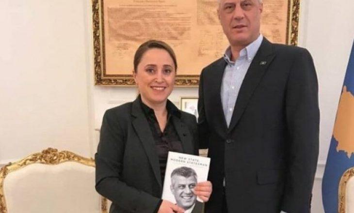 Mbesa e presidentit Thaçi kritikon Fitore Pacollin: Ajo përfaqëson interesat e VV-së, nuk i qëndron besnike politikës