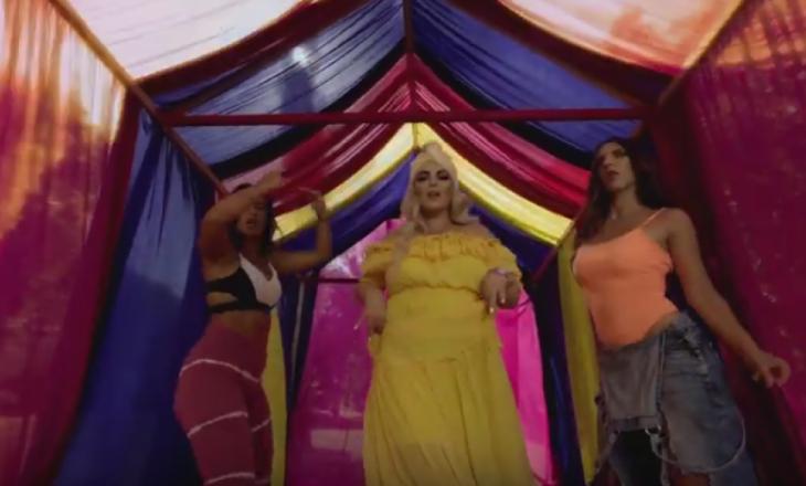 """Fifi vjen si """"Indiane"""" me këngën e re"""
