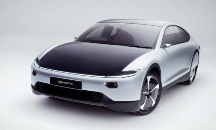 Vjen makina me energji diellore