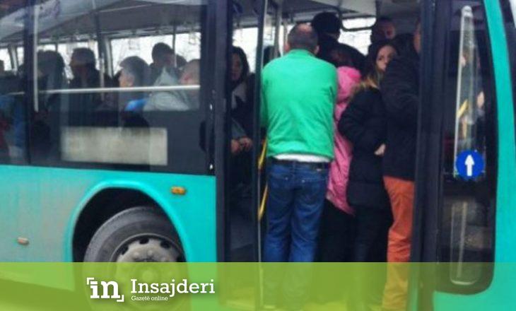 Voziste autobusin në gjendje të dehur, kondukterja rrëzohet nga dera e hapur