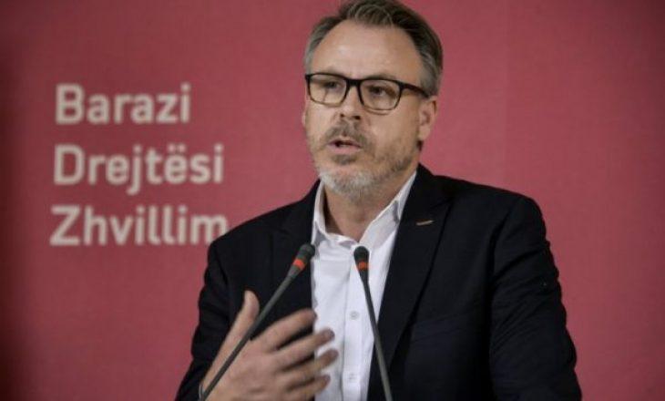 Anëtari i VV-së shpërfaqë planin e PSD-së: Do të futen në qeveri me PDK-në