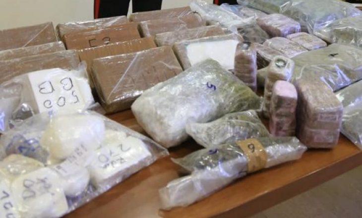 Kapet drogë në vlerë tre milionë euro – Shqiptari e kishte fshehur poshtë frigoriferit
