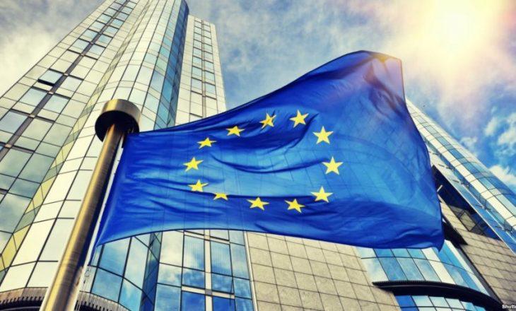 Shqipëria ul financimet për arsim dhe shëndetësi, Komisioni Evropian: Mos rrisni taksat