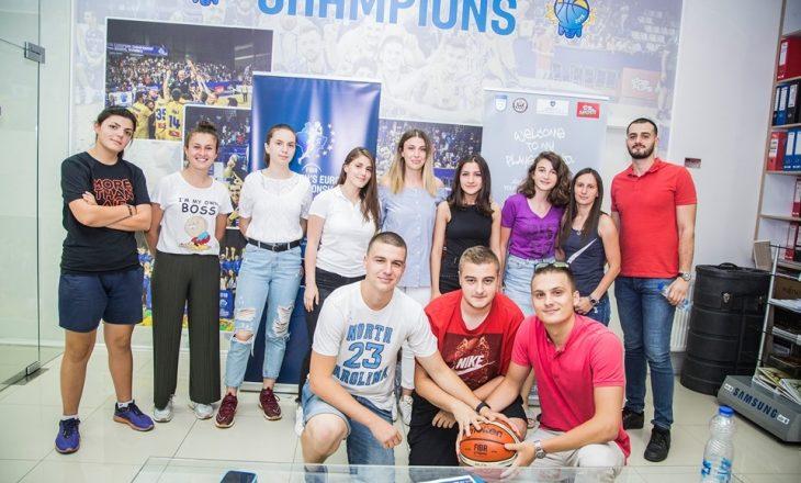 Vullnetarët bëhen gati për Evropianin në Prishtinë