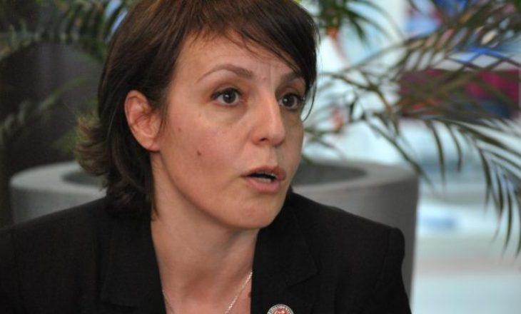 Gërvalla apelon mërgimtarët të vaksinohen para se të vinë në Kosovë