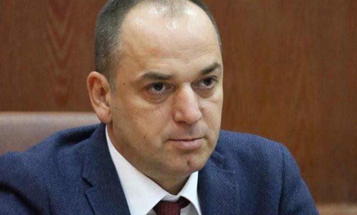 VV kërkon dorëheqjen e Shpend Ahmetit, por e kanë në rrezik nga shkarkimi Mytaher Haskukën